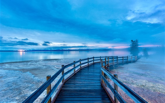 Fondos de pantalla Hermoso Parque Nacional de Yellowstone, lago, puente, mañana, Estados Unidos