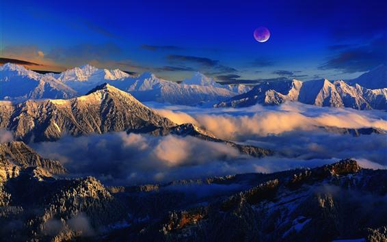 Fondos de pantalla Paisaje hermoso de la naturaleza, montañas, nieve, nubes, Luna, niebla, invierno