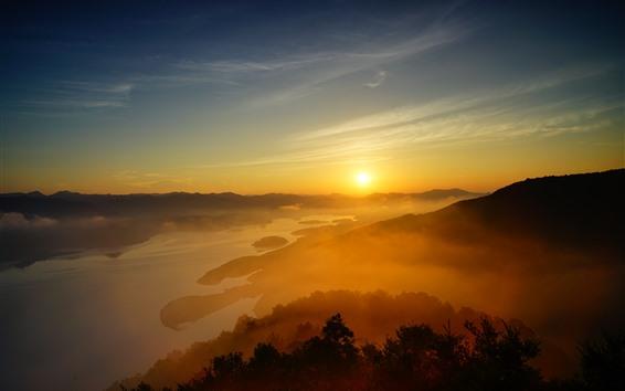 Fondos de pantalla Amanecer hermoso, niebla, colinas, lago, sol, mañana