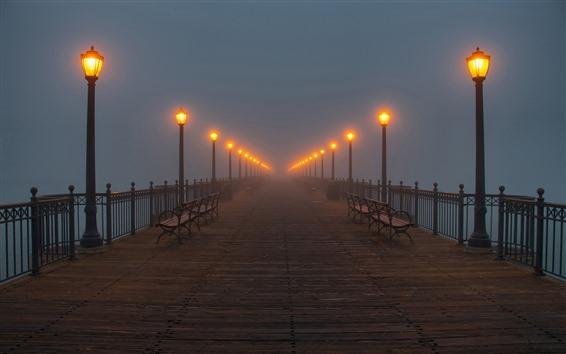 壁紙 橋、ランプ、ベンチ、霧、夜