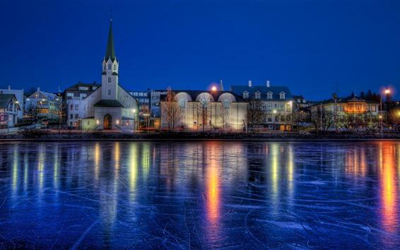 Fondos de pantalla Islandia, Reikiavik, invierno, río congelado, casas, noche, luces