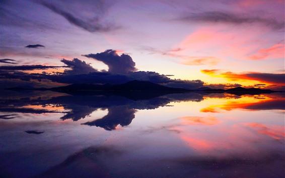 Fondos de pantalla Lago, montañas, puesta de sol, aguas tranquilas, Bolivia.