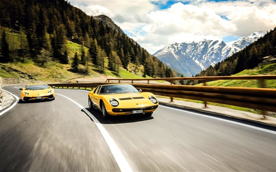 Fondos de pantalla Lamborghini LP700-4 y 1971 supercars amarillos