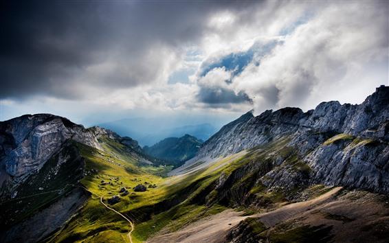 Fondos de pantalla Montañas, camino, nubes, valle