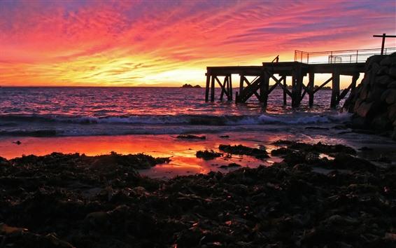 Fondos de pantalla Muelle, puesta de sol, mar, cielo rojo