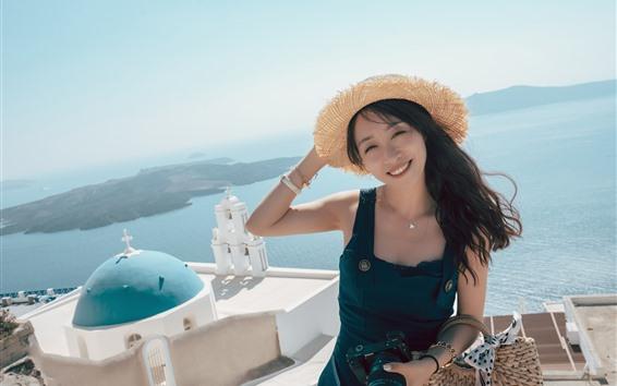 Fondos de pantalla Sonrisa chica China, Hat, Summer, sea, Santorini, Grecia