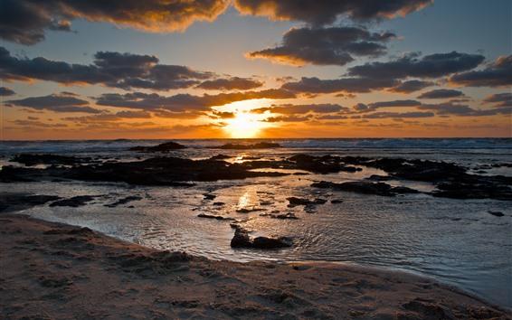 Fondos de pantalla Puesta de sol, mar, nubes, playa
