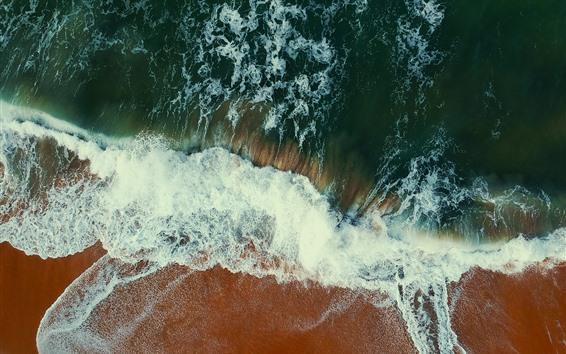 Fondos de pantalla Vista superior de la playa, mar, olas, espuma.