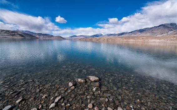 Papéis de Parede Baisha Lake, Xinjiang, montanhas, nuvens, pedras, China