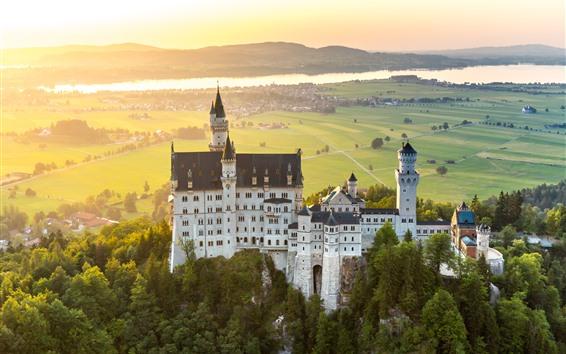 Papéis de Parede Alemanha, Baviera, Neuschwanstein, cidade, nevoeiro, manhã, raios solares