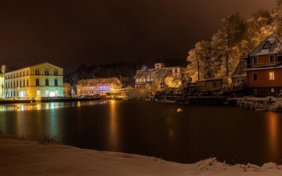 Обои Германия, Куневальде, зима, снег, река, деревья, дома, огни, ночь