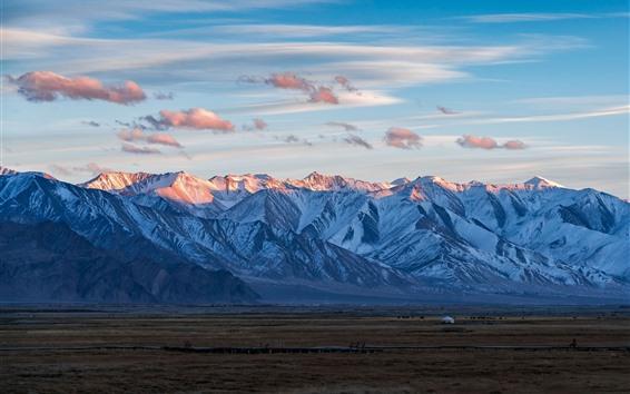 Fondos de pantalla Pamir, montañas, cielo, nubes.