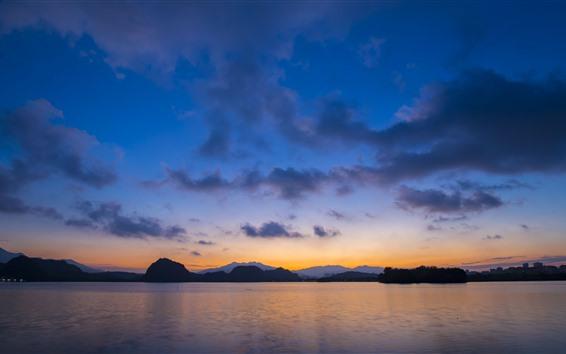 壁紙 川、山、空、雲、日没、夕暮れ
