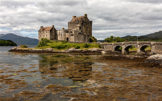 Wallpaper Scotland, Eilean Donan Castle, bridge, clouds, lake