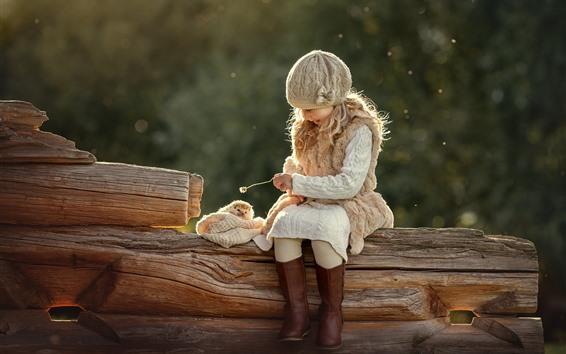 Papéis de Parede Sorria menininha loira, ouriço
