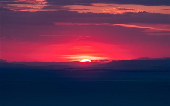 Fondos de pantalla Puesta de sol, cielo rojo, nubes, atardecer