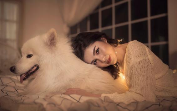 Papéis de Parede Menina asiática e cachorro branco, amigos