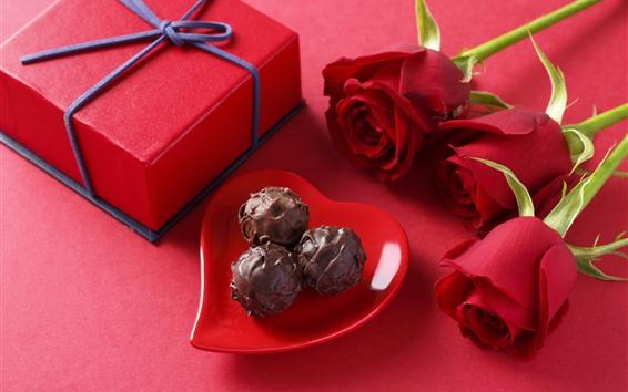 Hintergrundbilder Schokolade, Geschenk, rote Rosen, romantisch
