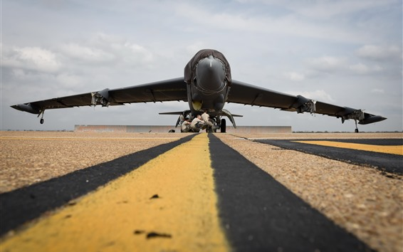 Wallpaper Fighter front view, airport