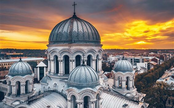 Fondos de pantalla Lituania, Kaunas, Catedral, ciudad, atardecer