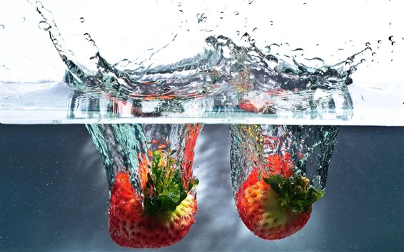 Wallpaper Two strawberries falling to the water, splash