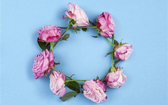 Обои Венок из розовых роз