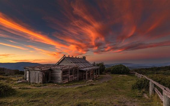 Papéis de Parede Casa de madeira, céu vermelho, nuvens, por do sol, Austrália, Victoria