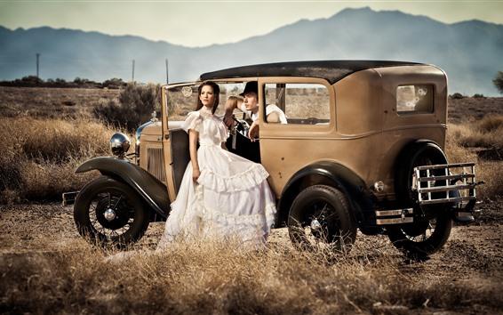 Fondos de pantalla Chica y hombre, coche, estilo retro.