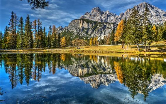 Fond d'écran Italie, Dolomites, lac, montagnes, arbres, automne