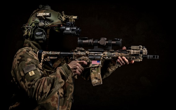 배경 화면 군인, 헬멧, 무기, 검정색 배경