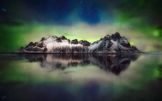 Обои Красивое северное сияние, горы, море, звёзды, небо, ночь, Исландия
