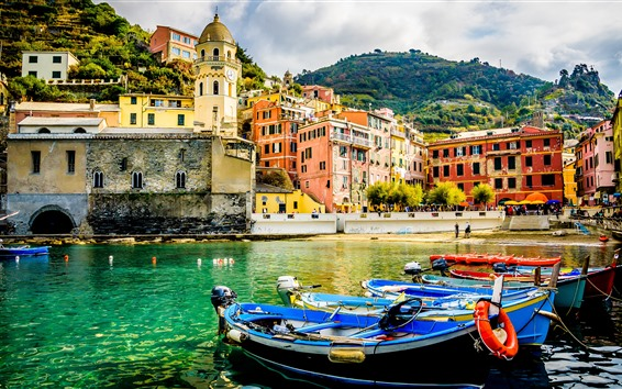 Wallpaper Italy, town, pier, boats, mountain, houses