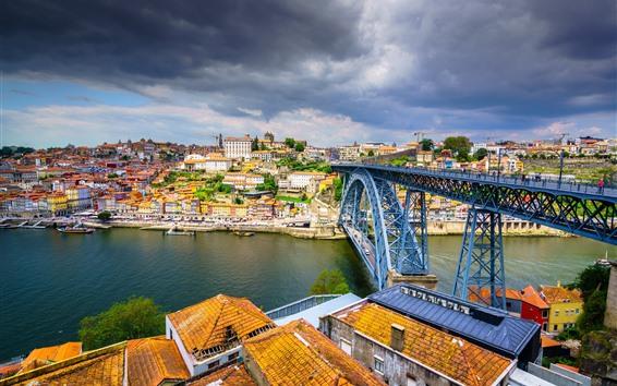 Fondos de pantalla Portugal, Porto, ciudad, puente, río, nubes oscuras