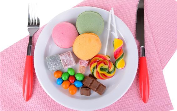 Обои Сладкая еда, шоколад, конфеты, леденцы на палочке, нож, вилка