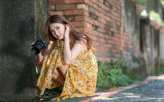 Wallpaper Young Asian girl, long hair, camera