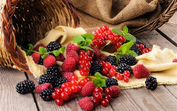 Wallpaper Basket, blackberries, raspberries, currants