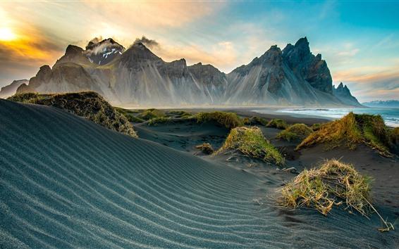 Fond d'écran Montagnes, plage, mer, nuages, coucher de soleil