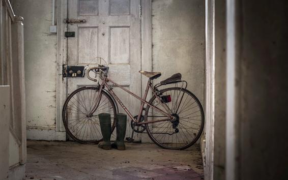 壁紙 古い自転車、ドア
