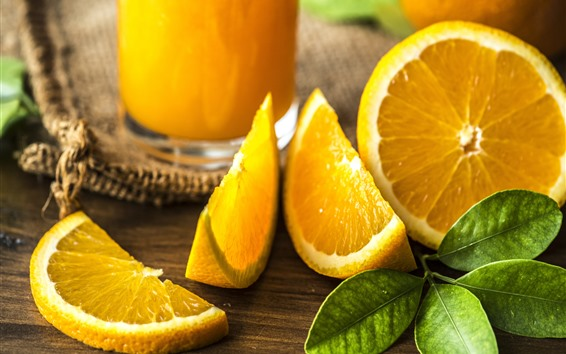 Обои Апельсины, зеленые листья, фрукты