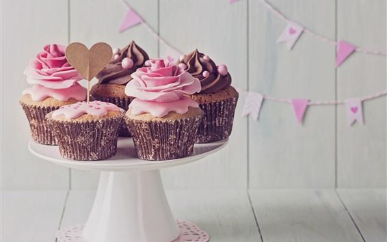 Обои Некоторые кексы, сливки, любовное сердце, цветы