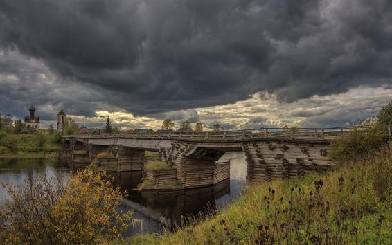 Fondos de pantalla Arkhangelsk oblast, río, puente, pueblo, nubes, Rusia