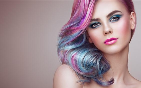Обои Красивая модная девушка, прическа, розовые волосы, лицо, макияж
