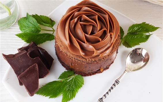 Papéis de Parede Bolo de chocolate, pétalas de flores, hortelã verde