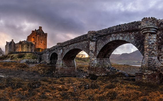 Wallpaper Scotland, The Eilean Donan Castle, bridge