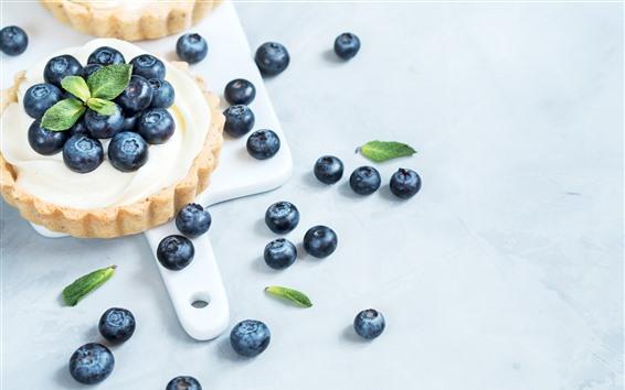 Wallpaper Cake, blueberries