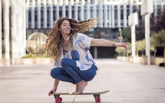 Wallpaper Girl, hairstyle, skate, street