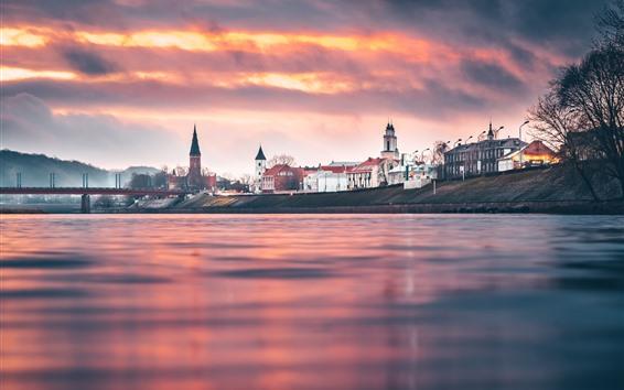Papéis de Parede Lituânia, Kaunas, cidade, rio, pôr do sol, céu vermelho