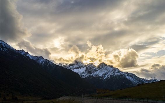Wallpaper Tibet, mountains, clouds, glare, beautiful nature landscape