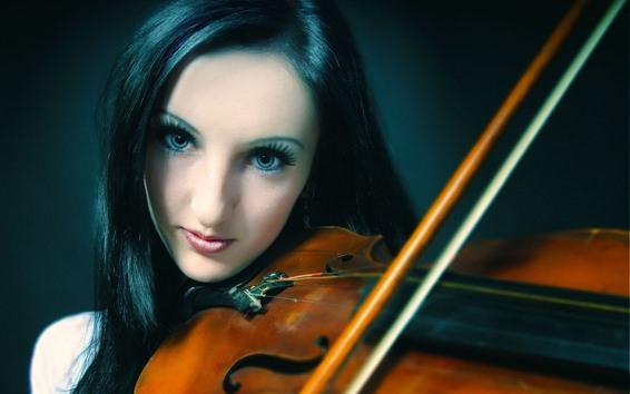 Обои Черные волосы девушки играют на скрипке, музыка