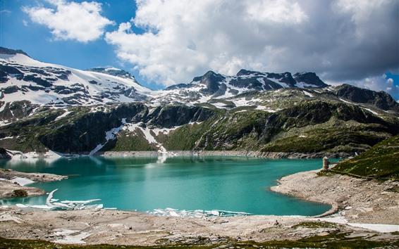 Обои Изумрудное озеро, гора, облака